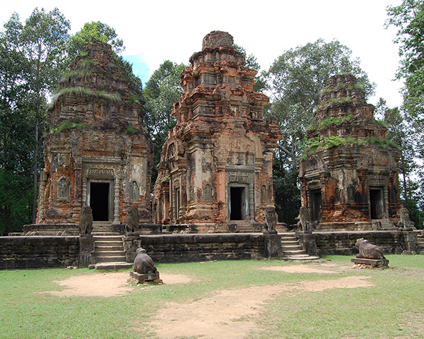 Banteay Srei, Beng Mealea & Roluos Group or Tonle Sap lake