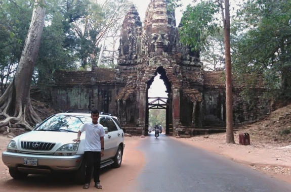 Transport by Mr.Hak Seng-North Gate of Angkor Thom