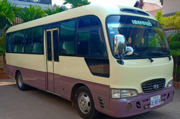 Transportation by Minibus-Small Tour